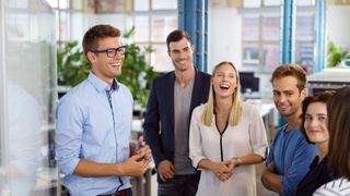 Boost Your Social Skills & Make An Amazing First Impression
