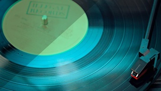 The Musician's Guide to Record Labels & Record Deals